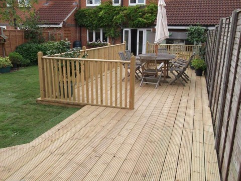 Decking in progress 04